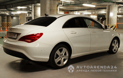 аренда Mercedes-Benz CLA200 в Москве прокат